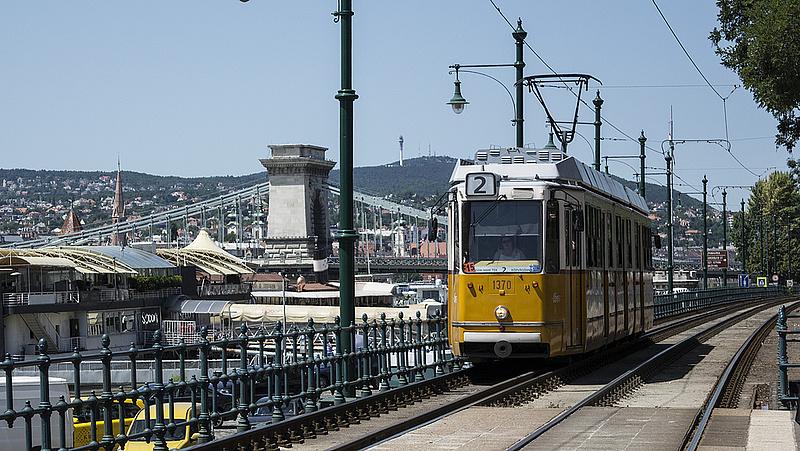 Szombaton ünnepség lesz Budapesten - változik a menetrend
