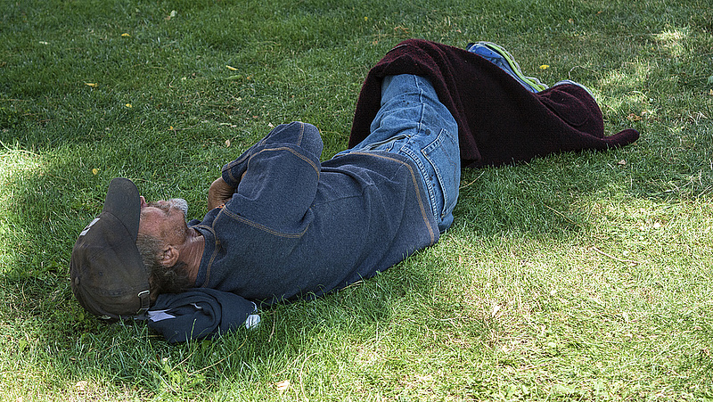 Szokatlanul bünteti a munkanélküliséget egy magyar település