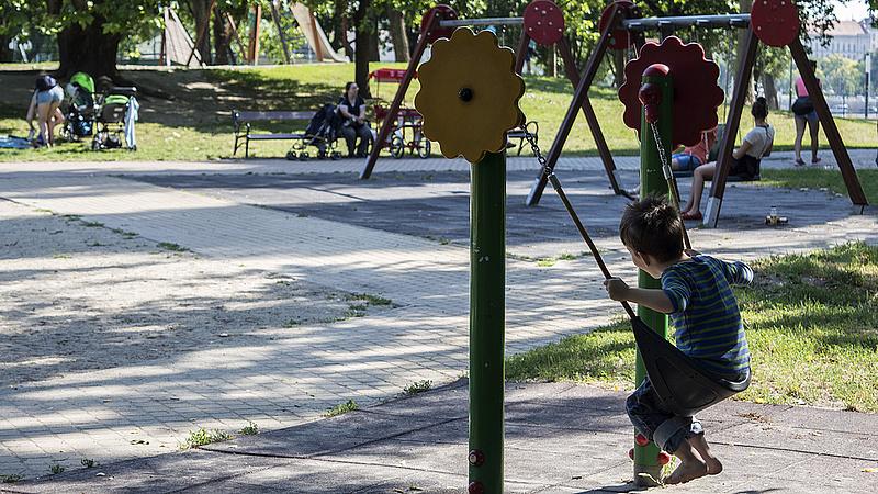 Kibővítenek hét budapesti játszóteret - itt a lista