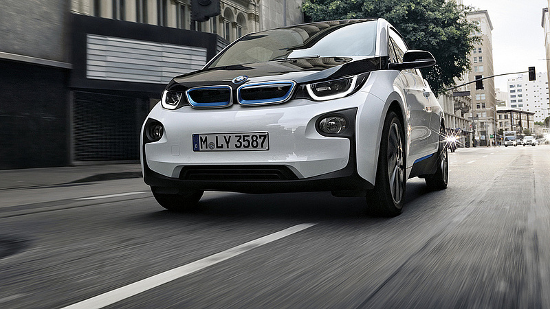 Komoly váltásra készül a BMW