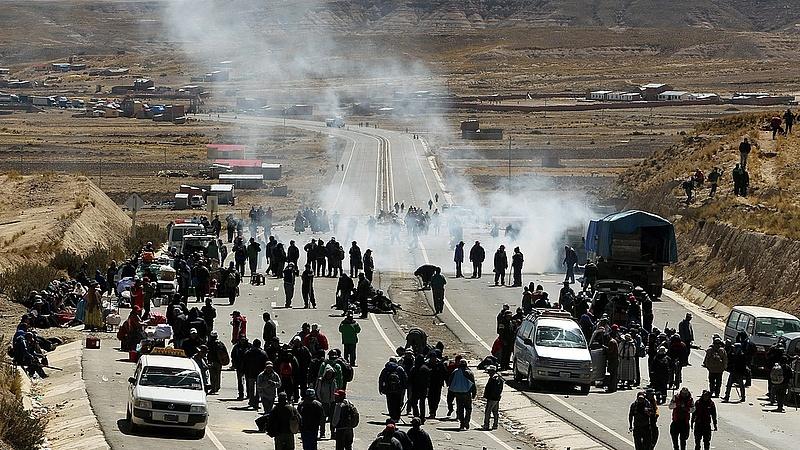 Fegyveres bányászok bénítják meg Bolíviát