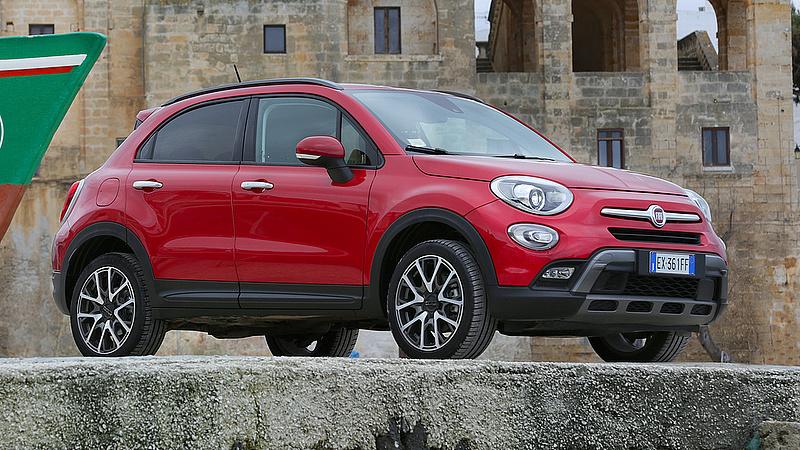 Dízelmotor-manipuláló berendezést találtak a Fiatnál