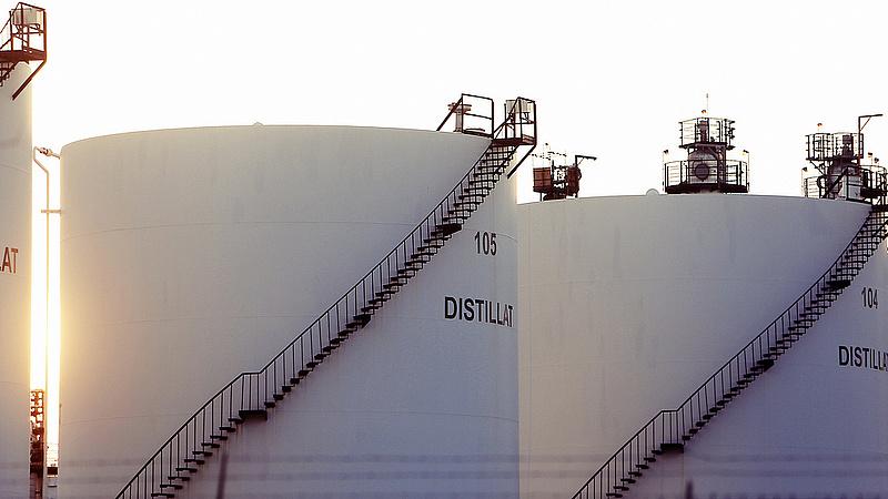Nagyot esett az uráli olaj ára