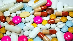 Változik az onkológiai gyógyszerek finanszírozása - az orvos helyett az ár dönt