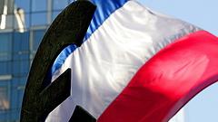 Vasárnap választ államfőjelöltet a francia jobboldal