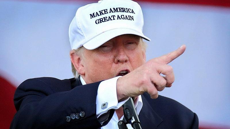 Trump háborúról beszél