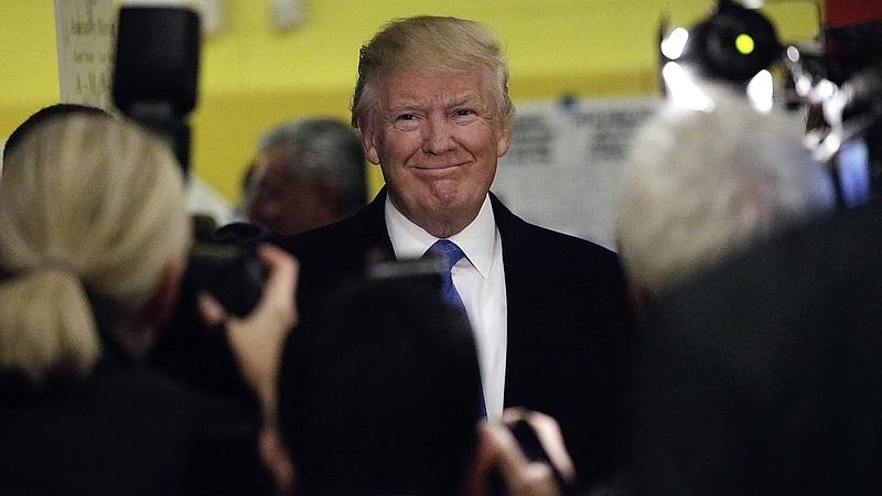 Trump cáfolja, hogy totális káosz van körülötte