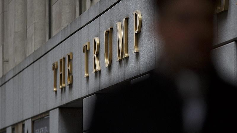 Belebukhat-e Trump hónapok alatt a pereibe?