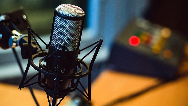 Vajnáék bevetik a Barba trükköt - máris nevet vált az új rádió