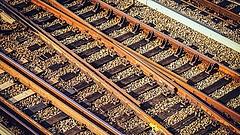 Titkosítanák a giga vasútépítés adatait