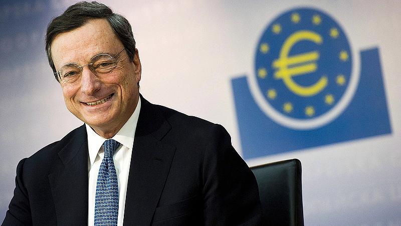 Draghi: az ECB kitart a laza monetáris politika mellett