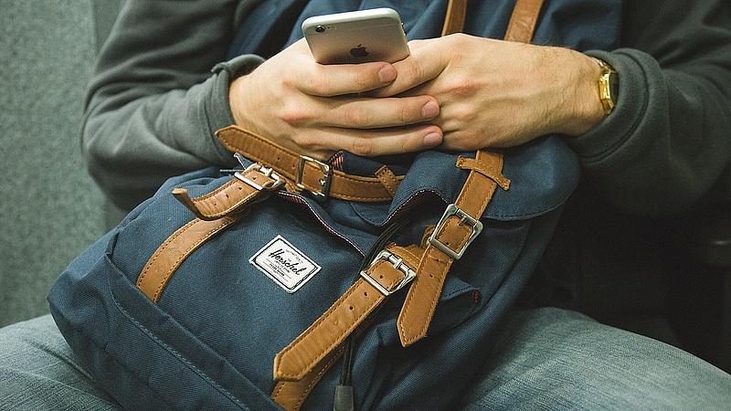 Kimegy a divatból az sms?