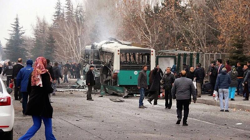 Pokolgép robbant egy török síparadicsomban (bővítve)