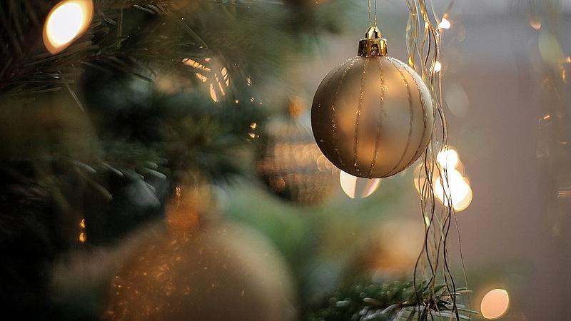 Európa legdrágább karácsonyfáját állították fel Münchenben - 2,3 millió eurót ér