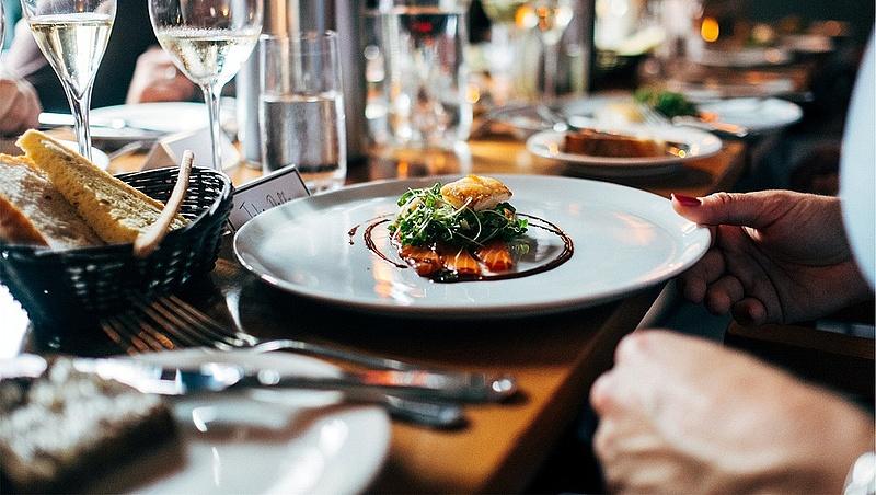 Kikerült a Michelin-katalógusból a világ leghíresebb háromcsillagos japán sushi étterme