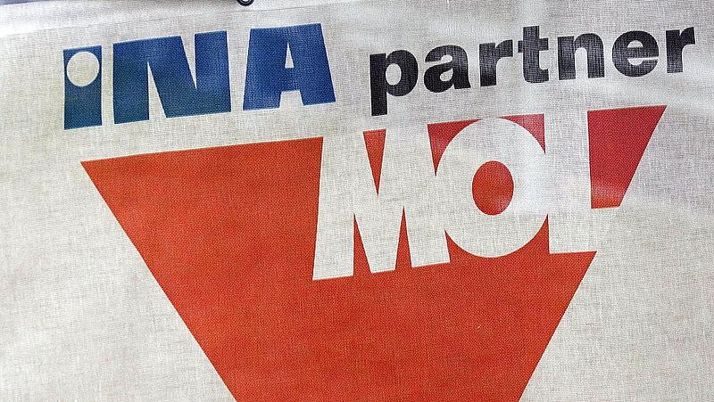 A Mol gyors kivásárlására készül a horvát kormány