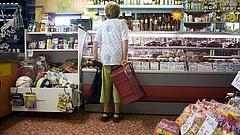 Nagy bajban a kisboltok - több ezren csuknak be