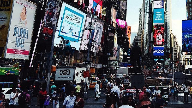 Irányt keres New York