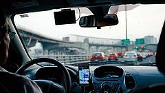 Dugó dugó hátán: erre számítson, ha autóba ül