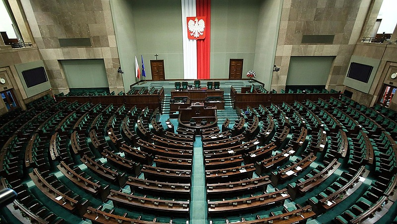 Behízelegték magukat az új amerikai vezetésnél a lengyelek