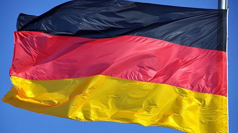 Koronavírus: Merkel robbanásszerű növekedéstől tart az új mutánsok miatt