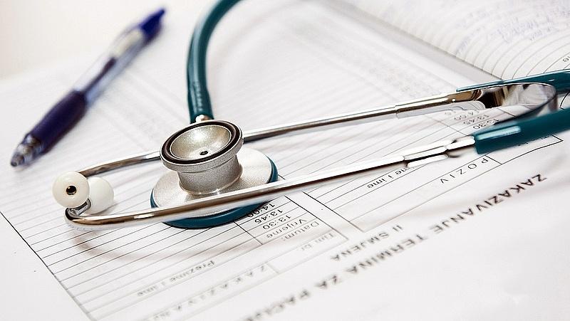 Pénzt kér a háziorvos, amikor nem lehet