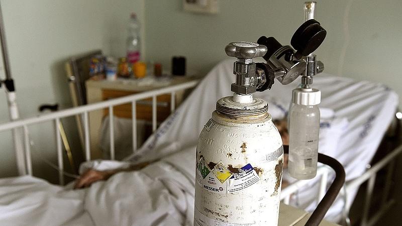Újabb budapesti kórházban kezdődtek felmondások
