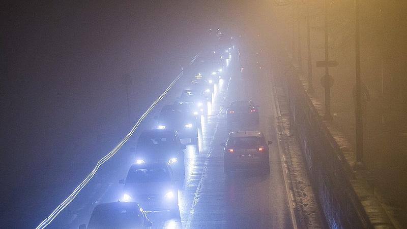 Nagyot változik az időjárás éjszaka - veszélyre figyelmeztetnek