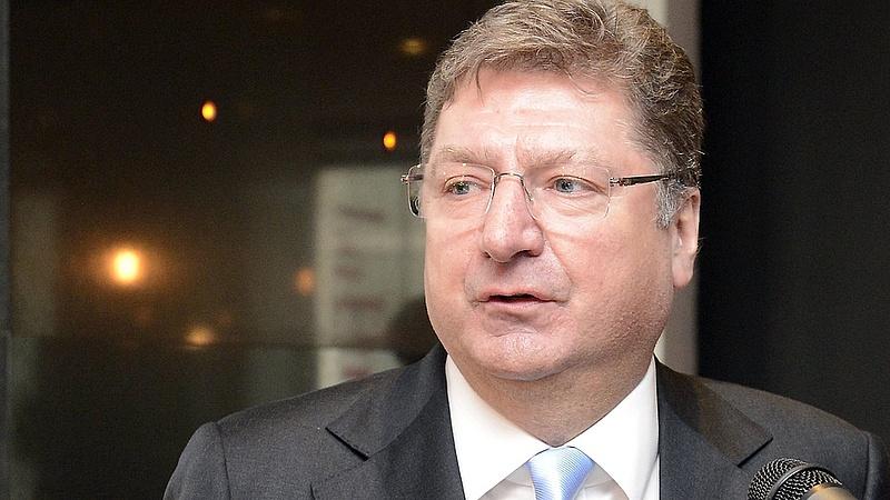 Aggódik a forint miatt az MKIK elnöke