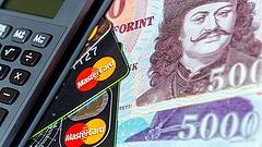Elszállnak a magyar fizetések