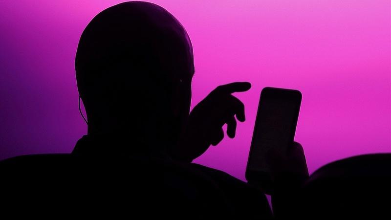 Telefonos csalóra figyelmeztet a NAV