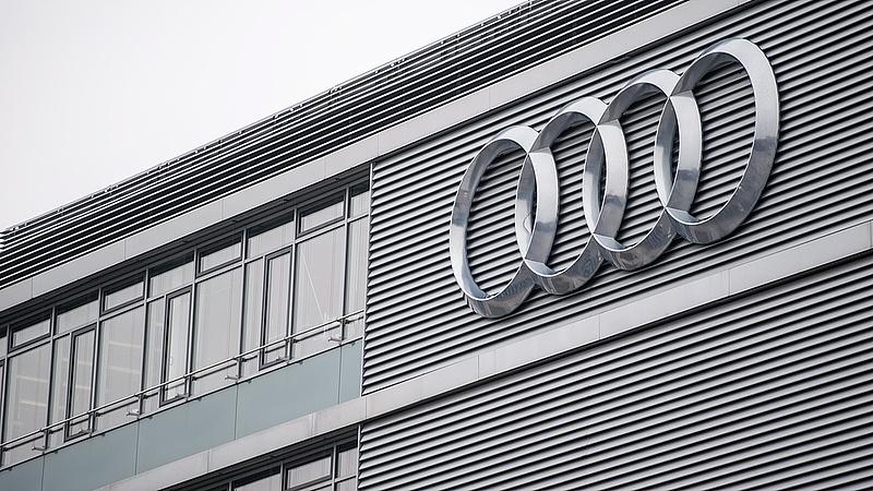 Legalább hétfőig szünetel a termelés az Audi német központjában