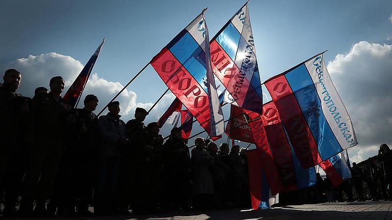 Szuperkerítéssel vágják el Ukrajnától a Krímet az oroszok