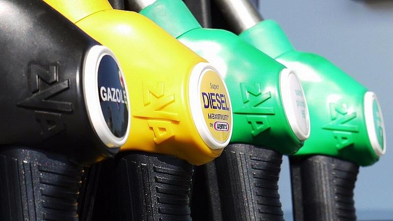 Olcsóbb lesz a gázolaj szerdától