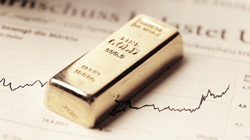 Arannyal csalt - előzetesbe került