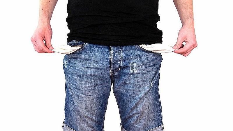 A végrehajtó helyett a NAV fog kopogtatni az adósoknál