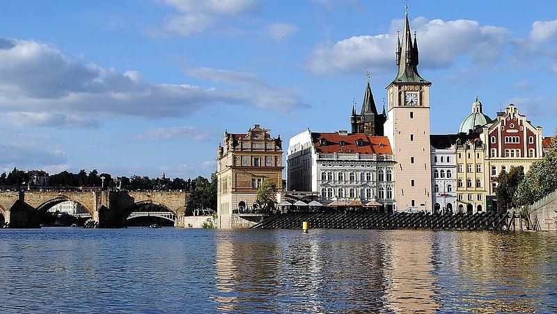 Húszéves mélyponton a cseh munkanélküliség