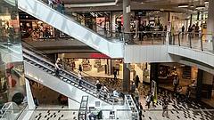 Az Auchan, a Decathlon és a Tesco sem marad ki a sztrájkból