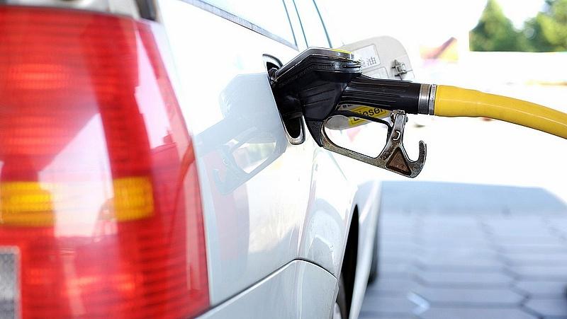 Szerdán csökken az üzemanyagár