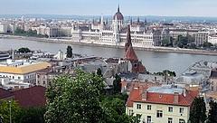 Éles bírálatot kapott a magyar kormány az ENSZ-től és a német kormánytól