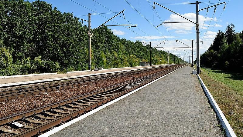 Leszakadt egy vezeték, nem járnak a vonatok Érd környékén