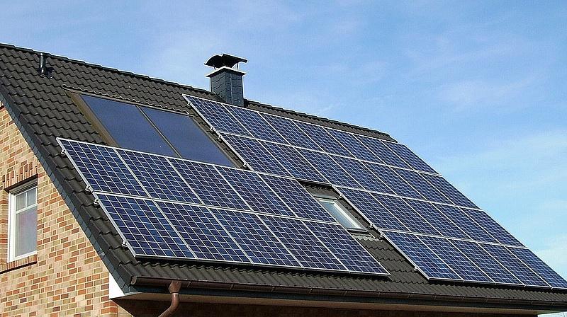 Megújuló energiás beruházásokra osztanak pénzt