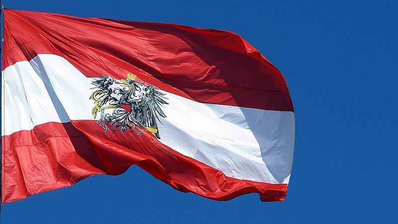 Sokaknak csökken a családi pótléka - megszólalt az osztrák kancellár