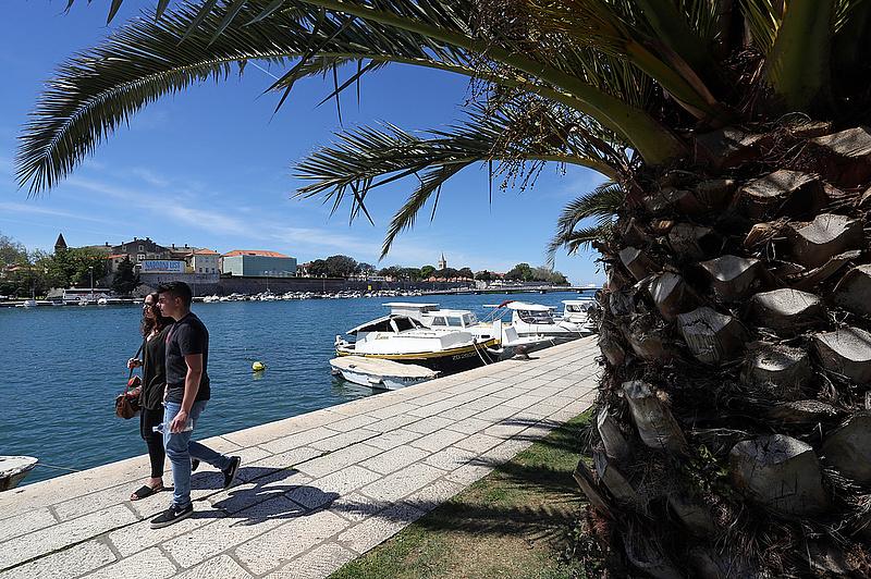 A tengerben is ürülékes víz folyik a horvátoknál, pedig még Magyarországra is jut belőle