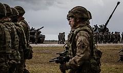 Lengyel páncélos kontingens indult Lettországba