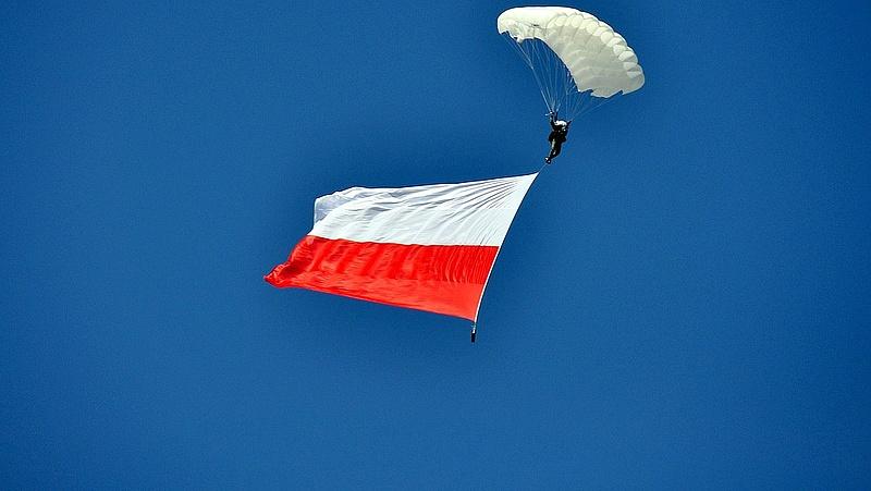 Pattanásig feszült a helyzet Lengyelországban
