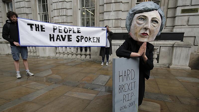 Brexit: miniszterek győzködik az üzleti világot
