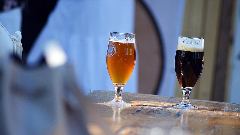 Kiderült, mennyi sört isznak a magyarok