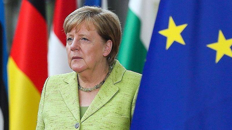 Erre a hírre várt reggel Merkel