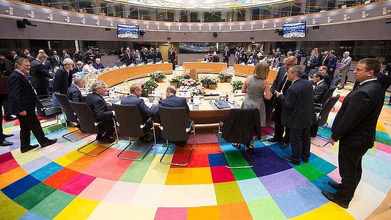 Mikor jönnek a brüsszeli szankciók?